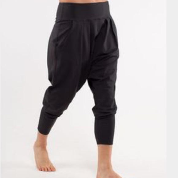 dance to yoga pant lululemon photo - 1