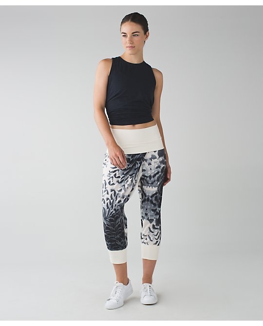 dance to yoga pant lululemon photo - 2