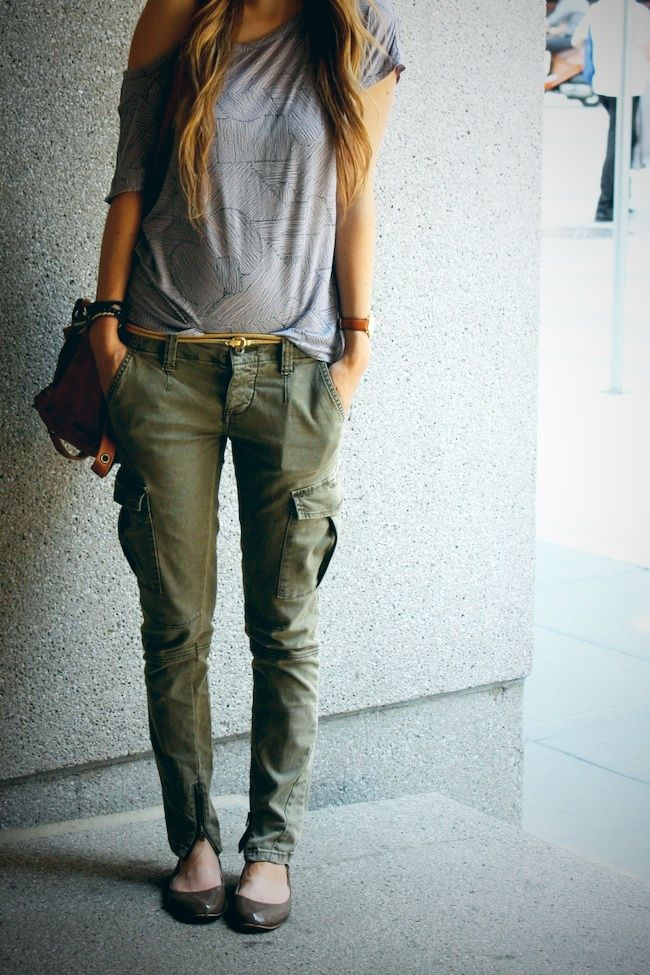 j brand womens cargo pants photo - 1