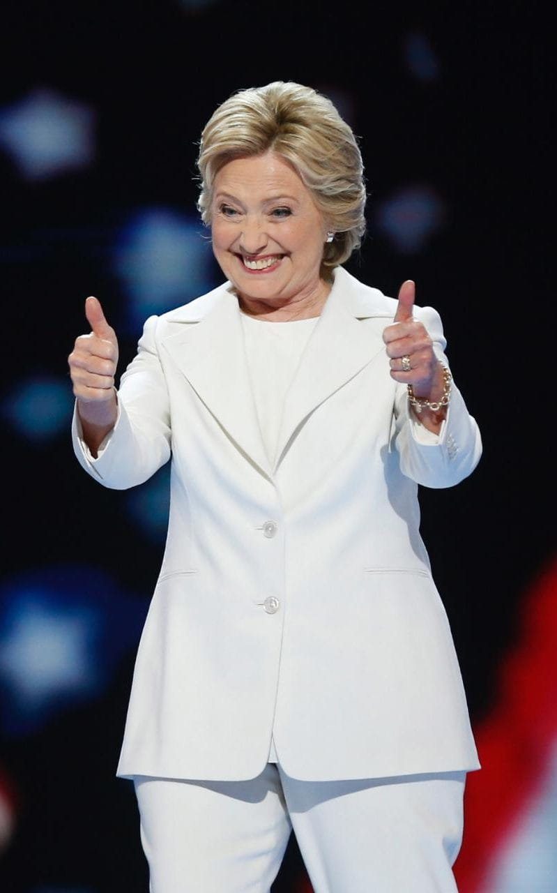 pantsuit hillary photo - 1