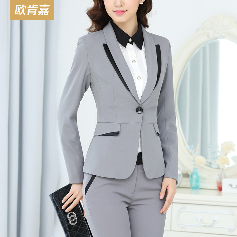 plus size gray pant suit photo - 2