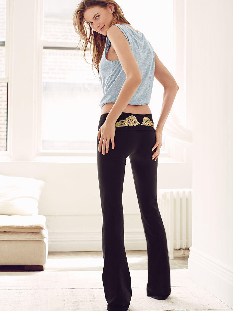 victoria secret yoga pant photo - 2