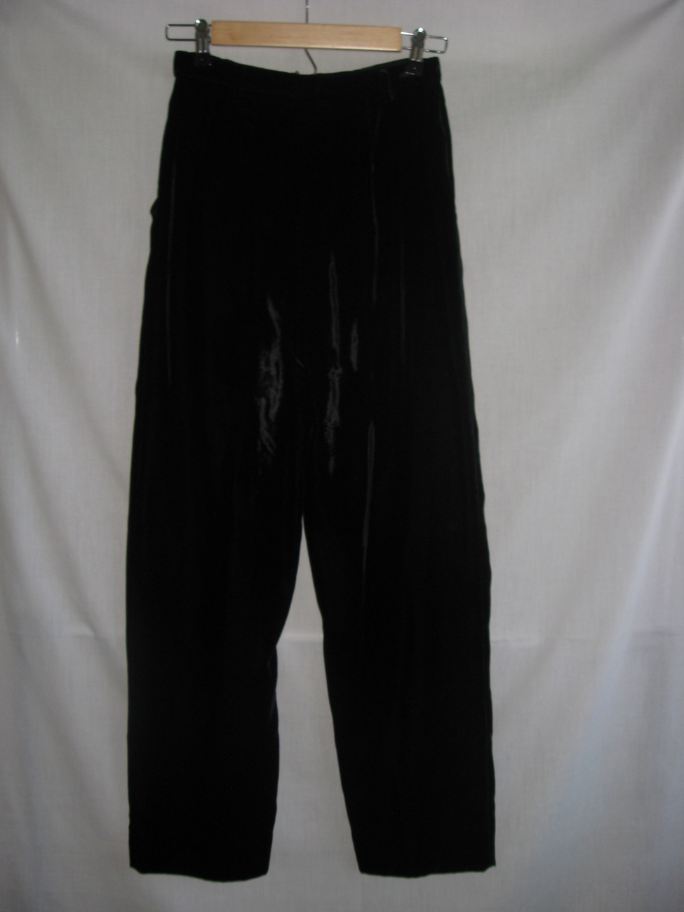 women s black velvet dress pants photo - 1