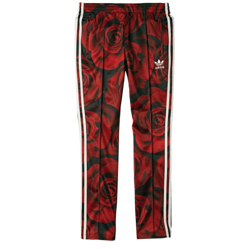 women s red track pants photo - 2