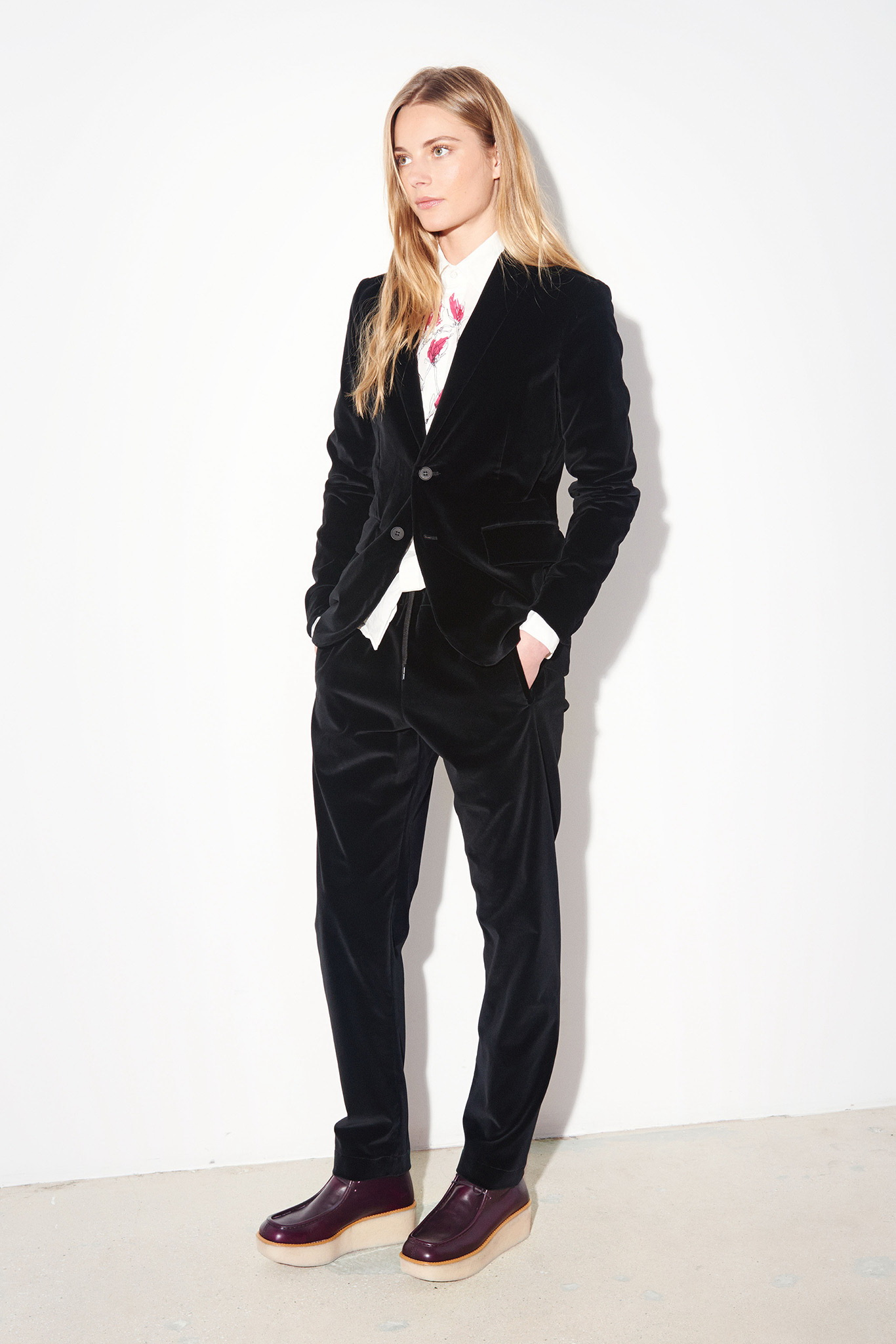 womens black pants suits photo - 1