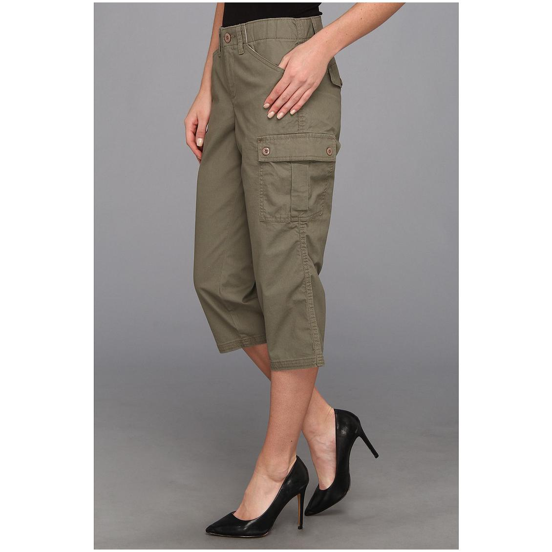 womens cargo capri pants photo - 1