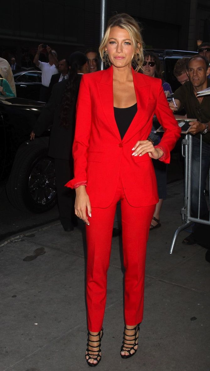 womens red pants suit photo - 2