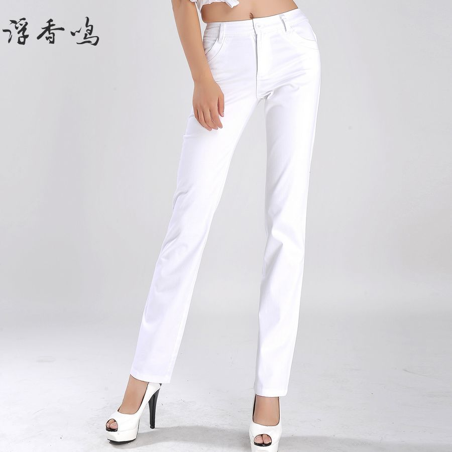 womens white pants photo - 2